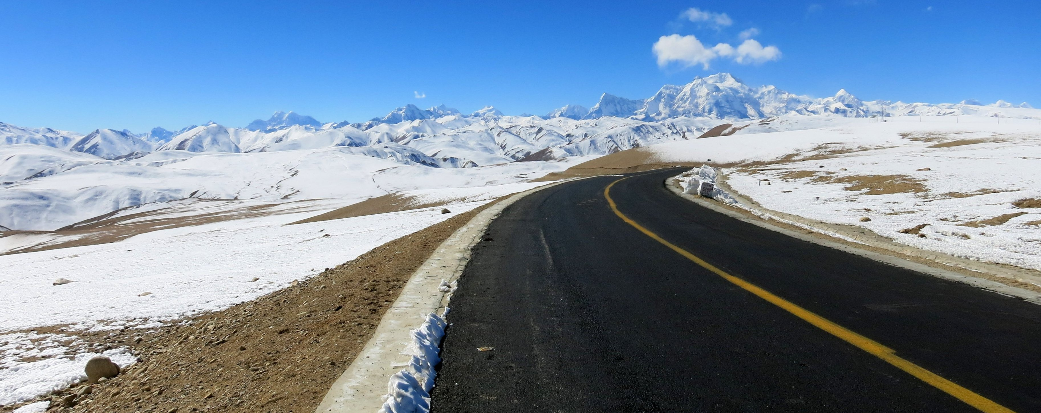 Himalya- Friendship Highway - On top off the World